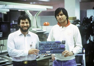 Steve Wozniak: Original 'jOBS' script was 'crap'