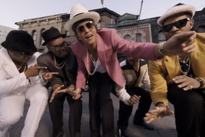 'Uptown Funk' making $100,000 per week on Spotify