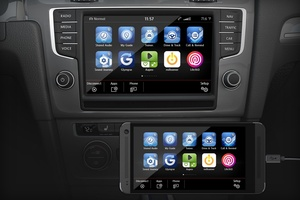 CES 2015: Volkswagen to get both Apple CarPlay and Android Auto this year