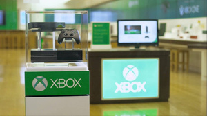 Microsoft: There could have been a disc drive-less Xbox One